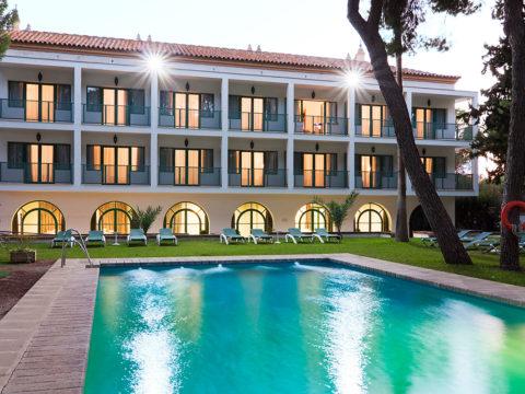 Hotel Oromana